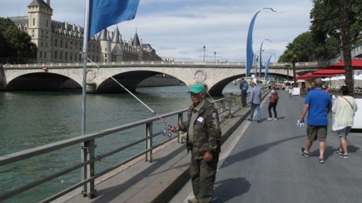 Le pêcheur de Paris plage